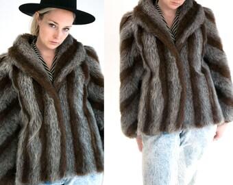 Vintage 1990's Jordache Faux Fur Hip Length Coat Women's Medium Large Retro/Hip