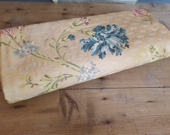 Vintage FRENCH 1950s floral fabric - rococo style - Marie Antoinette - floral print -
