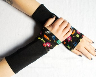 Arm Warmers Poison Flasks with colorful bottles and black skulls