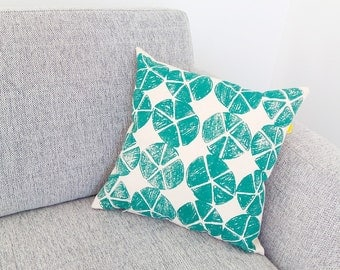 Pillow cover 16 x 16 inches · Cotton canvas throw pillow hand silkscreen-printed · Decorative cushion printed by hand · Insert not included