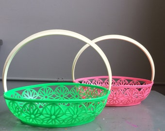 Vintage Easter Baskets kitsch 1970s Pink and Green