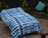 Twin tie dye Bedspread cotton shibori design. Blue, indigo and white