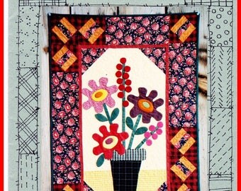 "Quilt Applique Sew Pattern GERBER DAISIES 24"" x 36"" Suzanne's Art House DAISY Flower Wall Hanging Sewing - Out of Print"