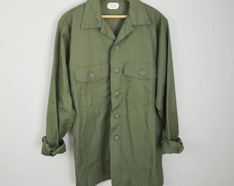vintage 82 mens utility military shirt olive drab green -- DLA 100- large