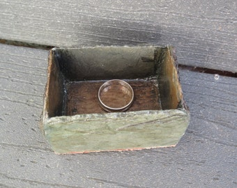 Ring box for kitchen, vanity and dressing area. Heavy slate with cork on bottom. # RH-5