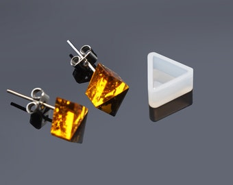 One Pair of Flexible Resin Mould / Earring Stud / Triangle