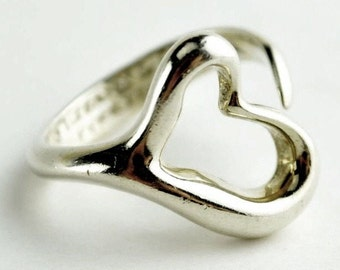 TIFFANY & Co. ~ Authentic Elsa Peretti Open Heart 925 Silver  Ring ~ Size 6 ~