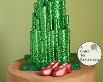 Emerald City cake topper for Wizard of Oz birthday party, Wizard of Oz cake topper. Keepsake cake topper for Oz cakes. Wizard of Oz party