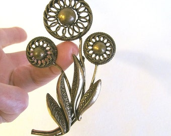 Lovely LARGE Vintage Floral Gold Tone Pin/Brooch