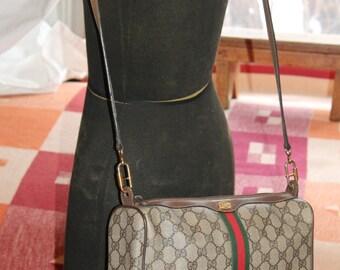 Vtg. Womens Gucci PVC Messenger Cross Body Bag Italy