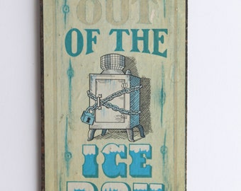 "Vintage ""Stay Out Of The Ice Box"" Wood Sign - Kitchen Home Wall Decor Funky 70s Plaque"