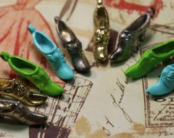 1 Vintage Metal Shoe Charm