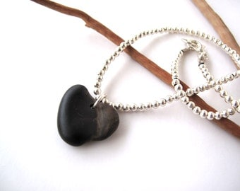 Rock Heart Necklace Beach Stone Pendant Mediterranean Pebble Jewelry Natural Stone Heart Valentine Jewelry Black Silver AMORE