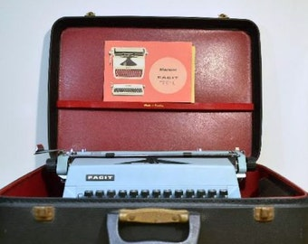 Vintage Portable Manual TP1 Facit Typewriter Made in Sweden Comes with Case and Manual Professionally Serviced