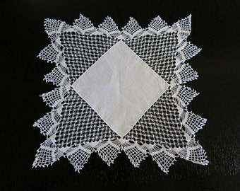White Linen Bridal Hanky Knotted Lace Borders 6 by 16 Inches 605b