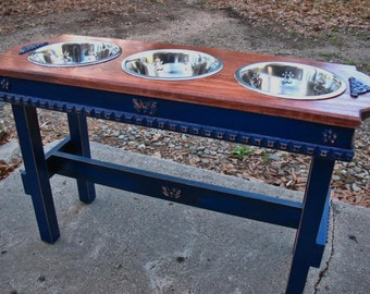 Elevated Feeding Stand, Autumn Glow Stained Top Royal Blue Distressed Base, 3 Two Quart. Bowls, Large Dogs, Made to Order