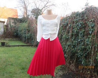 Pleated Skirt / Pleated Skirts / Red Pleated Skirt / Accordion Skirt / Skirt Size EUR46 / UK 18