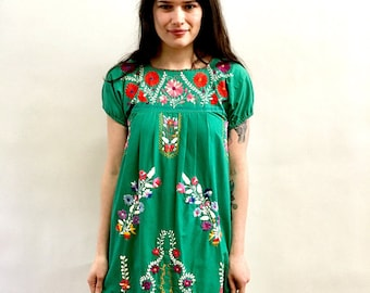 Vintage 70s Jade Green Mexican Dress Midi Embroidered Hippie Dress