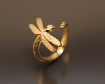 14 kt dragonfly ring