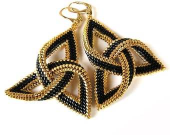 Beaded - Beadweaving earrings, Dangle earrings, Celtic knot earrings, Lightweigth earrings, Seed beads earrings, Black and Gold earrings