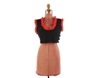 Vintage 1970's Black + Red Crochet Knit Mod Baby Doll Retro Mini Crop Sweater Blouse Shirt Top M L