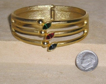 Vintage Egyptian Style Hinged Bracelet With Rhinestones 1970's Jewelry 2171
