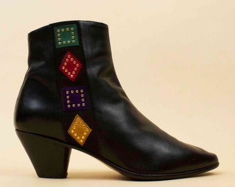 80s 90s Vtg Black Soft Leather Chelsea Ankle Boot / Pointed Toe Stacked Chunk Heel Color Block Geo Studded Detail 7.5 Euro 38