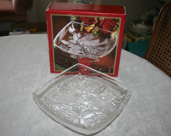 Elegant Vintage Gorham Clear Frosted Crystal Square Cardinal Dish Bowl Holiday Traditions Christmas Cardinals