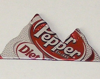 MOUNTAIN Magnet - Diet DR. PEPPER Soda Can (football style)