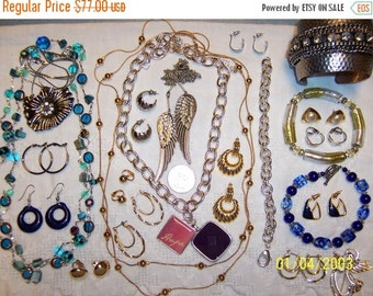 20 OFF SALE, Vintage Jewelry (Lot 100). Med. and Small.