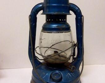 Dietz Little Wizard Kerosene Lantern