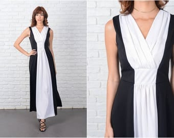 Vintage 70s Black + White Maxi Dress Color Block Stripe Boho Mod Small S 9484