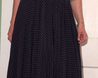 Vintage Dress Sleeveless silk Neiman Marcus Dress full skirt Pockets polkadots class sz m/l