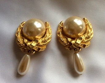 Gorgeous Large Vintage Earrings From the 80's - Gold and Pearls ..,Clipback Vintage Earrings!