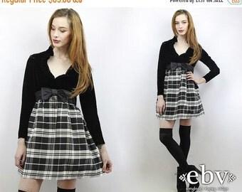 Vintage 70s Black Velvet Plaid Party Dress XS S Black Velvet Dress Plaid Dress Velvet Mini Dress Babydoll Dress Empire Waist Dress