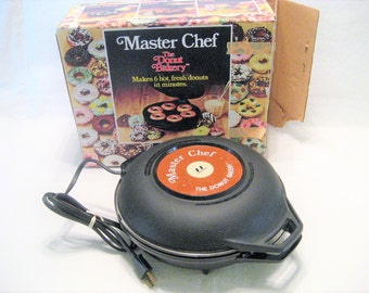 Master Chef The Donut Bakery Vintage 1970s Doughnut Maker with Original Box