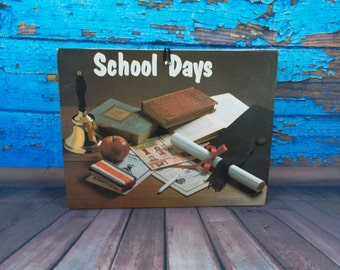 School Days Accordion Folder Binder, School Papers Keeper, School Book, Child's Schoolwork Keeper, Award Certificate Folder, Photographs