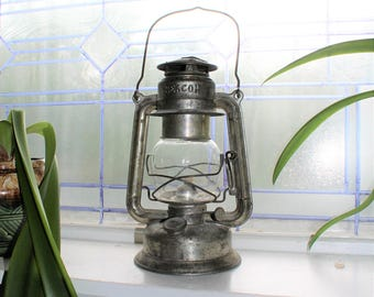 Vintage GSW Beacon Kerosene Lantern Farmhouse Decor Barn Find