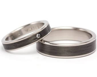 Set of two titanium and carbon fiber wedding bands. Modern black rings. Water resistant and hypoallergenic. (00333_4S7N)