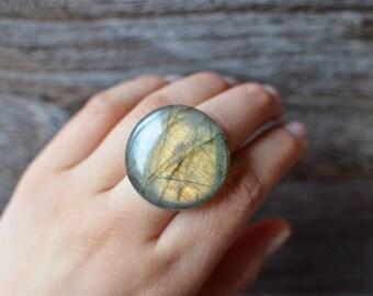 Labradorite Round Ring - The Moon Ring