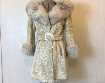 SALE - Vintage 1960s Fur Trim Jacket Fur Collar and Cuffs Medium Large