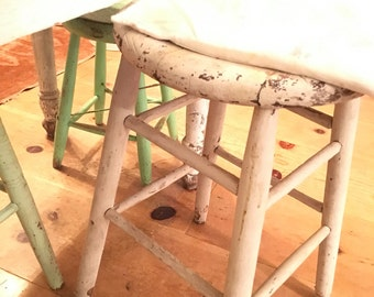 vintage farmhouse chippy white wood  side table  stool