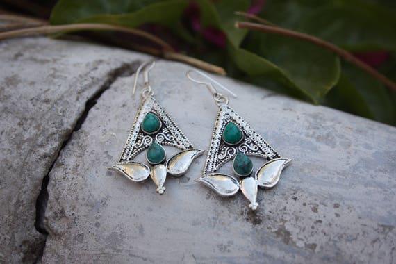 TURQUOISE TULIP EARRINGS - Oxodised Silver Earrings - Turquoise - Healing Crystal Jewellery - Chakra Earrings - Boho - Vintage - Festival