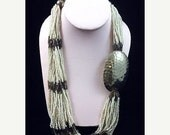 """Tribal Concho Torsade Necklace White Black Glass Beads Silver Metal S Western 22"""" Vintage"""