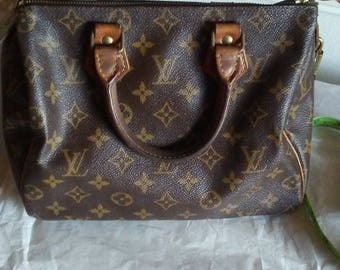 Authentic Louis Vuitton vintage Speedy 25