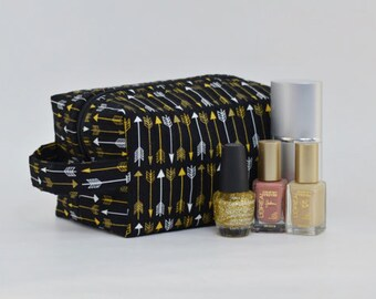Black, White & Gold Arrows Quilted Cosmetic Bag with Handle, Boxy Pouch; Make-Up Bag, Travel Pouch, Quilted Pouch