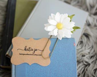 Daisy Felt Flower Bookmark/Daisy Felt Flower Planner Clip/Planner Accessory/Book Accessory/Large Paper Clip