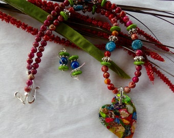 20 Inch Multi Colored Offset Sea Sediment Heart Necklace with Earrings