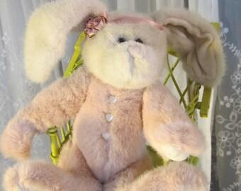 """Vintage 1997 Boyds """"Lady Pembroke"""" 15"""" pink Easter bunny  #91892-09"""