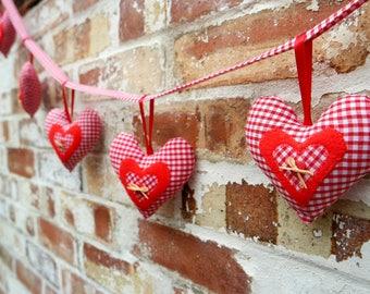 Heart Garland Craft Kit Bunting Craft Kit For Adults Sewing Gift DIY Kit Fabric Hearts Sewing Kits DIY Gift Fireplace Garland Christmas